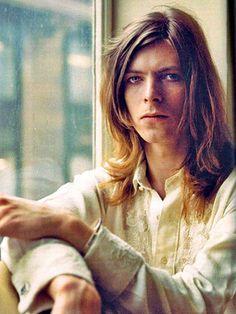 David Bowie - Čovek koji je pao na Zemlju